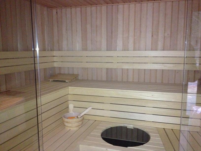 sauna interieur. Black Bedroom Furniture Sets. Home Design Ideas